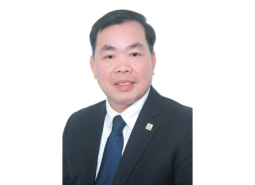 Chủ tịch Nguyễn Quang Huân